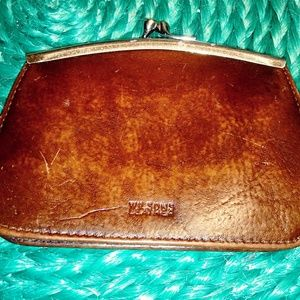 WILSONS LEATHER CHANGE PURSE